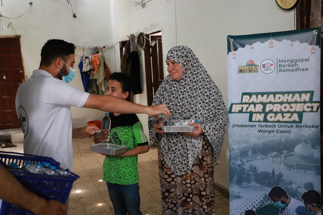 Ifthar Ramadhan untuk 3000 warga Palestina